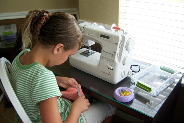 Embroidery Sewing Machines Reviews The Perfect Choice For You Beauteous What Is The Best Sewing Machine For A Beginner